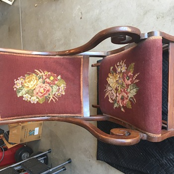 Is this Lincoln style Rocker? - Furniture