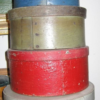 Mystery Oval Painted Shaker Primitive Paintry Box Stack New England Fingered  - Folk Art