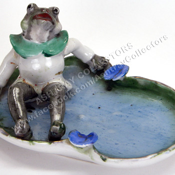 Frog Figurine Ashtray - Tobacciana