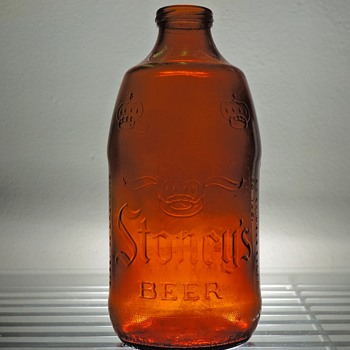 1979 Stoney's Beer Bottle Jones Brewing Smithton Pennsylvania Embossed Amber Brown Stubby GCC Glass Containers Corporation - Bottles