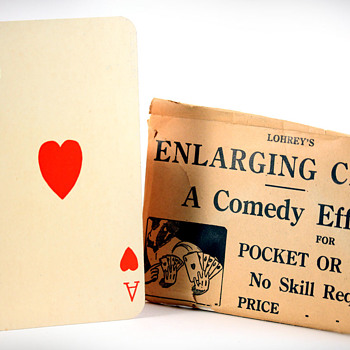 Lohrey's Enlarging Card trick - Posters and Prints