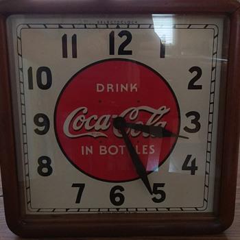 1939 Selecto Coca-Cola Clock