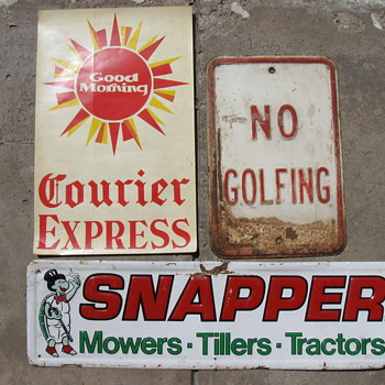 Garage sale day at our Antique Center - Signs