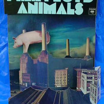 "Pink Floyd ""Animals"" 1977 3-D display by Hipgnosis - Music Memorabilia"