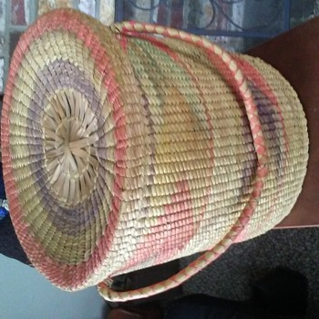 Hand woven large baskets with lids & coloring - Furniture