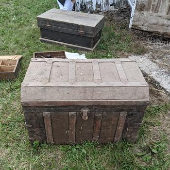 Family Farm Mystery - Furniture