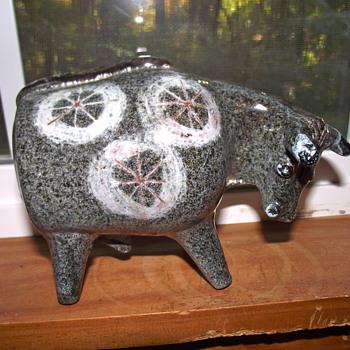 Alfaraz Spanish Ceramic Bull. Mid-Century Modern Art Pottery. - Pottery