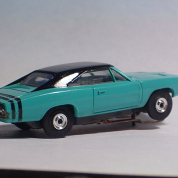 AURORA T-JET DODGE CHARGER TURQUISE - Model Cars