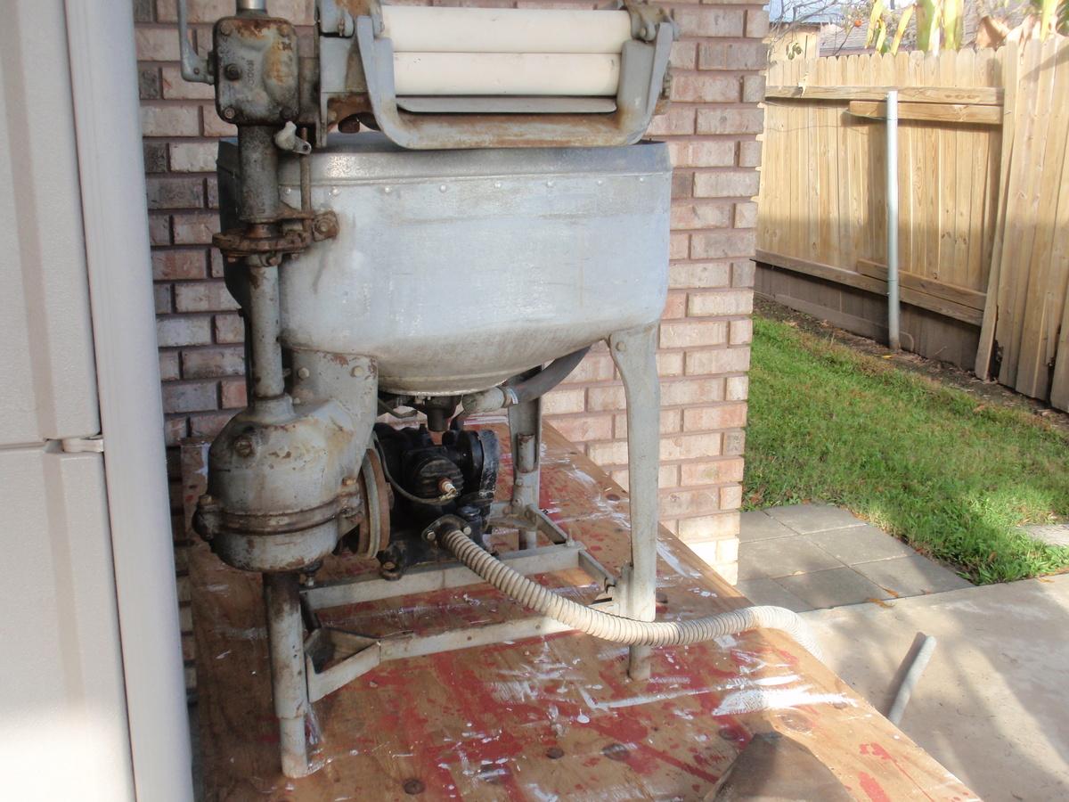 Maytag wringer washer for sale - Yakaz For sale