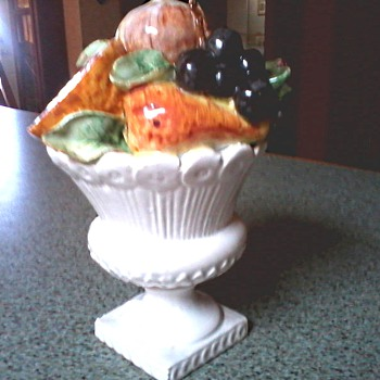 Delectable Italian Majolica Fruit Topiary/Marked Italy 36-1286 / Circa 1950's-60's - Pottery