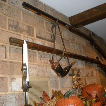 Sam Hawkin Mountain Man Rifle & Peter Gottner PA flintlock rifle - Sporting Goods