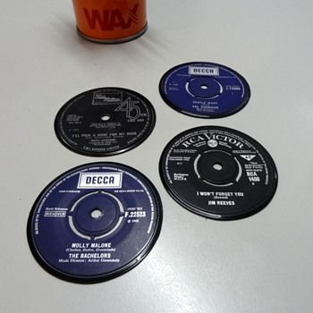 Nice 45 rpm record label coasters - Advertising