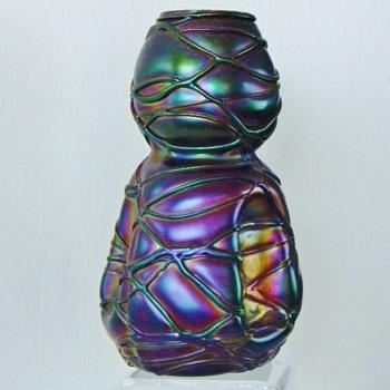 Nouveau Kralik Veined /Threaded Amethyst Iridescent Vase - Art Glass