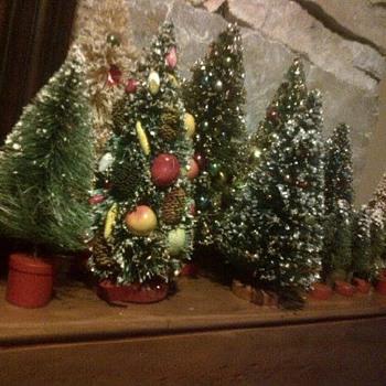 Vintage bottle brush trees - Christmas