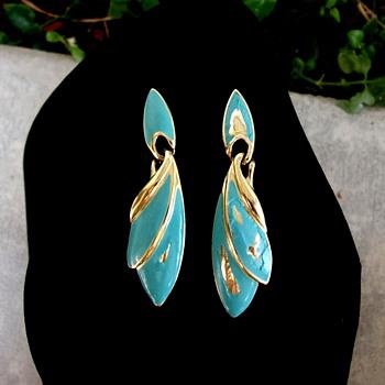 Trifari TM Turquoise Enamel Earrings