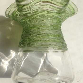Threaded glass small vase