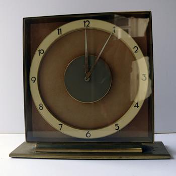 Junghans Meister / Art Deco Desk Clock / Germany 1930s -40s