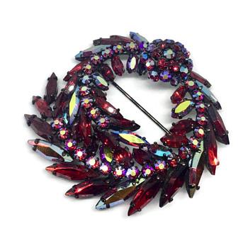 Wreath style Sherman Siam Japanned Brooch - Costume Jewelry