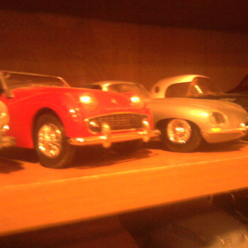 English sports cars in 1/25 scale...They don't break down!