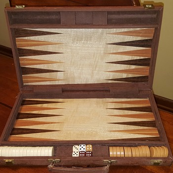 Mystery Backgammon Set