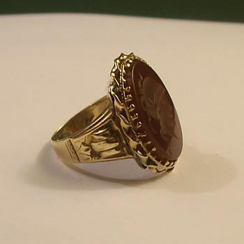 Vintage Mans Wine Cameo 14k Ring - Fine Jewelry