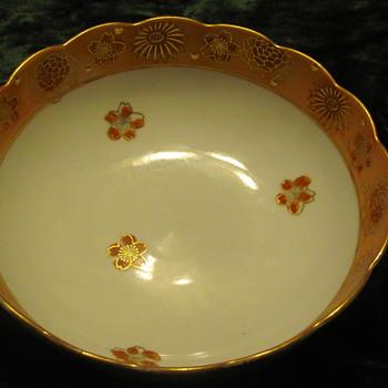 Goldimari hand painted bowl - Asian