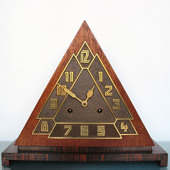 "Remarkable 1920's or 30's German ""Pyramid"" Deco Mantle Clock - Art Deco"