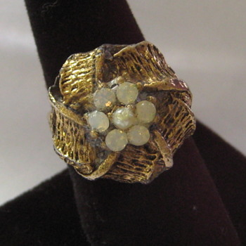 Vintage Moonstone and Gold-Tone Adjustable Ring  - Costume Jewelry