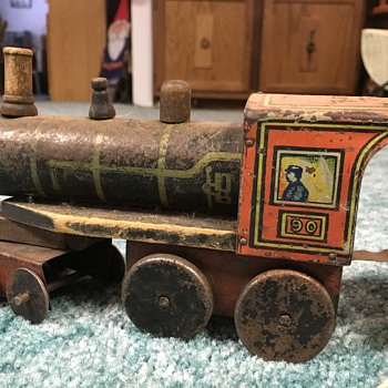 Need information about this antique train! - Model Trains