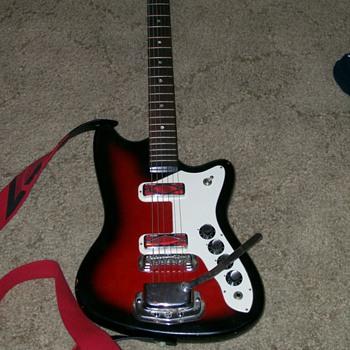 my 1960s silvertone - Guitars