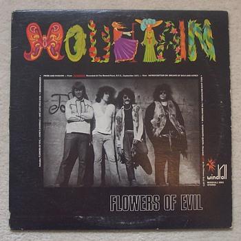 MOUNTAIN! - Records