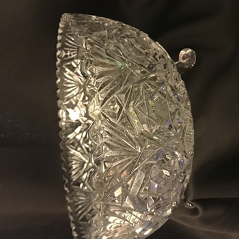 3toed crystal bowl - Glassware