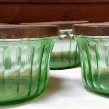 Hazel Atlas green jar with metal lids--purpose?