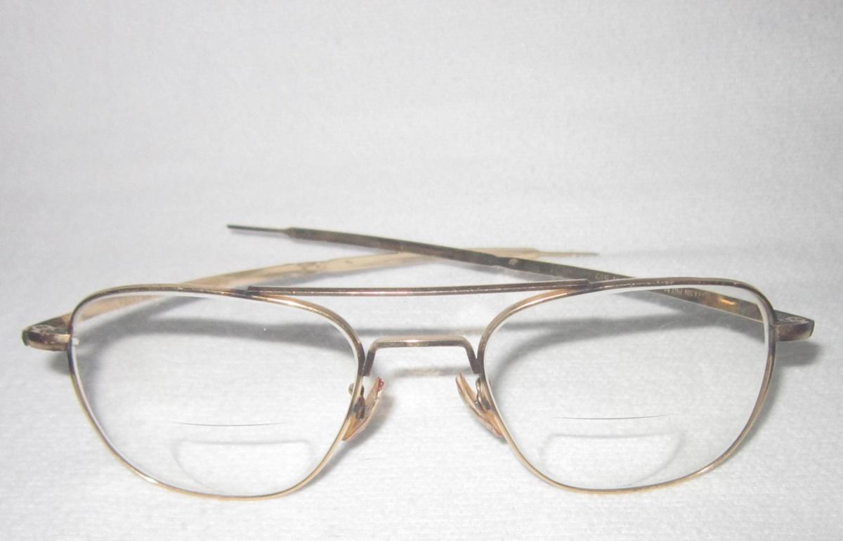 9b424f73cc0 Vintage Welsh Manufacturing Co. 1-10 12K GF Eyeglasses (Pilot ...