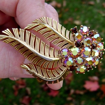 Trifari Fern Flower Brooch - Costume Jewelry