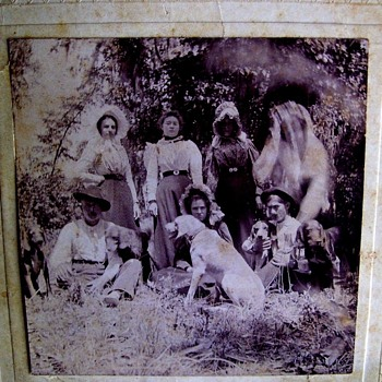 SPIRIT MANIFESTING?  BIZARRE PHOTO,ENLARGE, c 1900-1910 - Photographs
