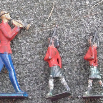 Soldiers valuable? - Toys