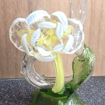 Kralik Frog legs Vase with floriforn. - Art Glass