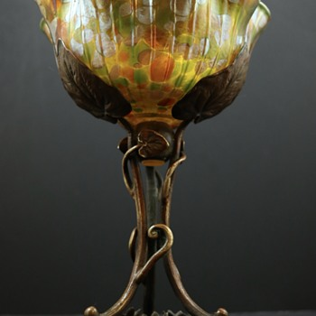 Loetz Floriform mounted bowl, ca. 1900 - Art Glass