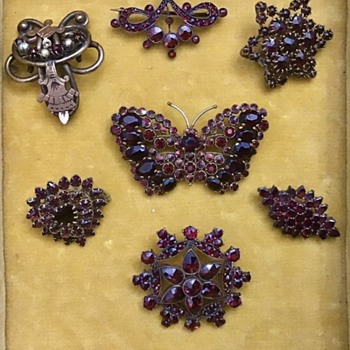 Antique Garnet Brooches - Fine Jewelry