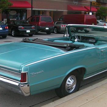Pontiac Tempest - Classic Cars