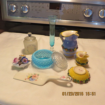 one left from set of 3 1950 baby set frosted glass,collectables from italy shell with flowers cake cutter blue hand me downs al - China and Dinnerware