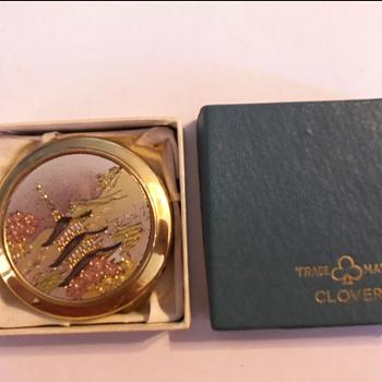 """Vintage"" pocket ashtray"