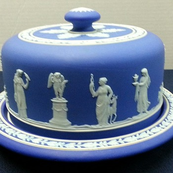 Wedgwood Wednesday: The Cheese And Butter Dishes - China and Dinnerware