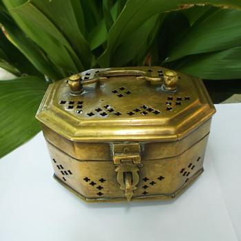 Brass Cricket Box, Octagon Handle Box, Mid Century Jewelry Box - Fine Jewelry