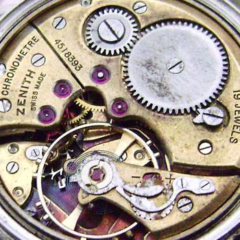 Rare Zenith Chronometer Caliber 135 circa 1949 steel watch - Wristwatches