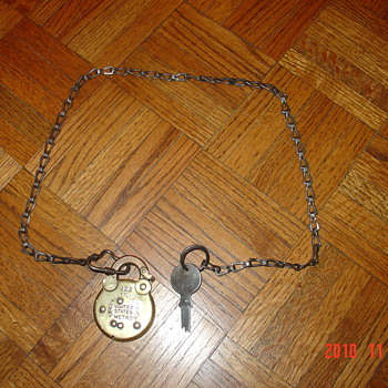 ANTIQUE BRASS POSTAL LETTER BOX LOCK WITH MATCHING KEY