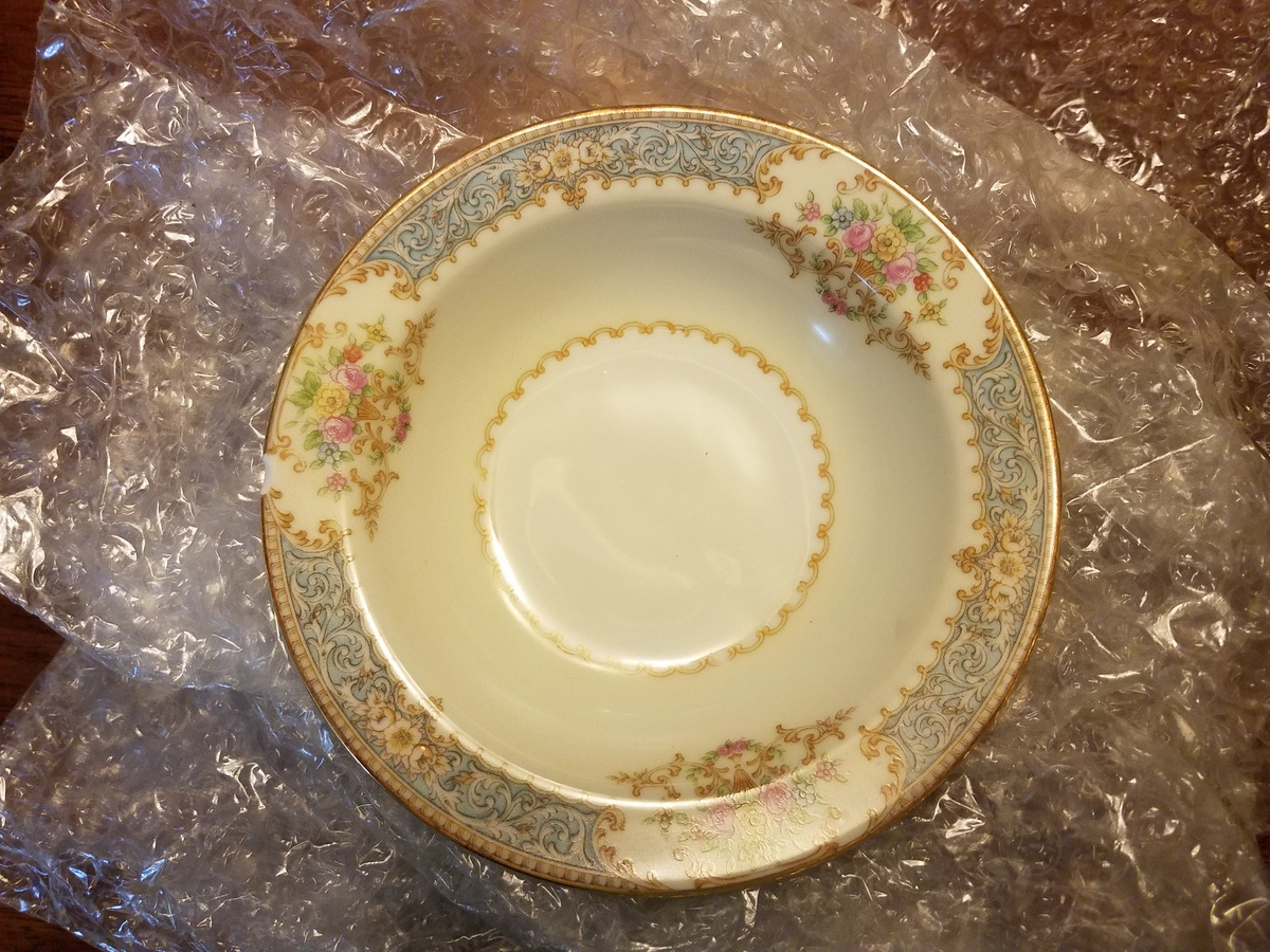 Looking for Occupied Japan Noritake china pattern name and it is different from Chenovia | Collectors Weekly & Looking for Occupied Japan Noritake china pattern name and it is ...