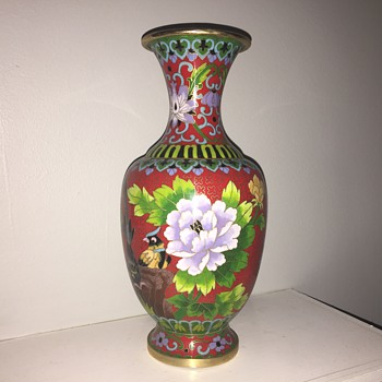 Pretty Cloisonné style vase - Asian