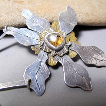 Arts & Crafts necklace? - Silver
